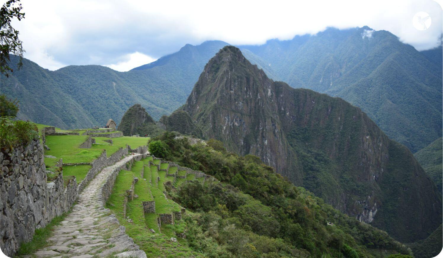 trail to machupicchu